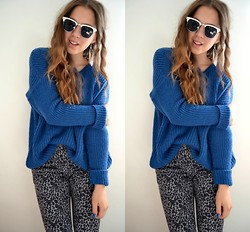 MELLi S - H&M Pants, New Look Sweater, Bikbok Glasses, Frontrowshop Feather Earring - : old one