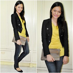 Chantal Jane - Forever 21 Top, Blazer, Vintage Clutch, Zara Flats - Blame it to the weather