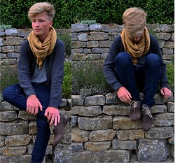 Tbs K. - Pull & Bear Knit Cardigan, Zara Scarf, Cheap Monday Skinny Jeans, Zara Shoes - Fall is coming.