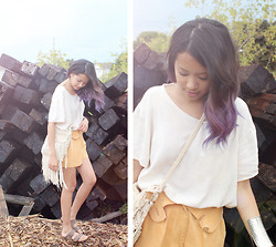 Bianca Venerayan - Thrift T Shirt, Thrift Shorts, Thrift Bag, Birkenstocks, Forever 21 Bracelets - Burble hair