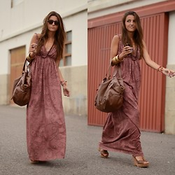 Alexandra Per - Westrags Dress, Blanco Wedges, Natura Bag, Persol Sunglasses, Asos Bracelets - Long dark