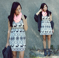 Breanne S. - The1727 Nordic Dress, Forever 21 Lace Up Booties, Thrifted Big Grey Sweater - HEADLINES