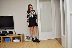 Johanna B - Vagabond Shoes, Gina Tricot Blouse, Monki Skirt - Well, hello there