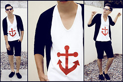 Mr. Hudson - Cotton Sweater, White T Shirt (Red Anchor), Black Short, Sunglasses, Vans Tennis Shoes - Sailor