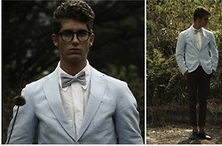 Martín Maldonado - American Apparel Bow Tie, United Colors Of Benetton Blazer, Zara Oxfords - Hello lookbook, its been a while.