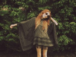 LEAH WHITE † - Oversized Poncho., River Island Round Glasses - #1