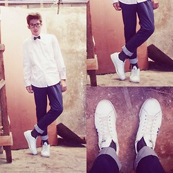 Fahmi Ramadhan - Giorgio Armani Long Sleeve Striped Shirt, Unbranded Blue Length Pants, Adidas White Sneakers, Unbranded Selfmade Bow Tie - A Perfectly good heart man