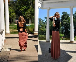 Anuschka G. - Atmosphere Skirt, Bikbok Black Backless Shirt - Heart skipped a beat