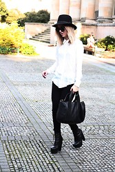 Josephine M. - Zara Jeans, Zara Shirt, Alexander Wang Bag, Opening Ceremony Shoes, Vintage Hat - Pointed collar