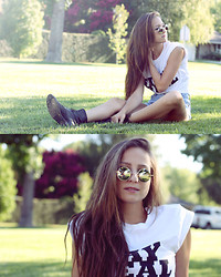 Bethany Struble - Stay Real Print Tee, Lennon Sunglasses - Stay Real