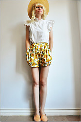 Coury Combs - Vintage Sunflower Shorts, Vintage Flutter Blouse - Hang on, Summer! Summer, hang on!