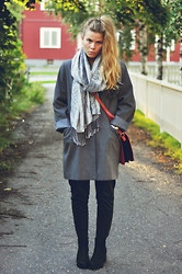 Pauline A - Zara Bag, Vagabond Shoes - Gray day
