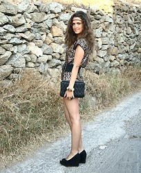 Gresy D. - H&M Dress, Miu Clutch, Mango Shoes - Ancient Greece?