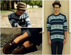 Martín Maldonado - Urban Outfitters Fedora, Top Siders Leather Moccasins, Thrfited Indie Jumper - Greetings from Ecuador.