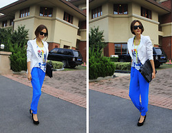 Cynthia Ding - Topshop Suit, River.Island Trousers, Sly Shoes - BLUE&WHITE
