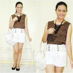 Chantal Jane - Bazaar Necklace, Leopard Top, Gift From My Sister High Waist Shorts, Zara Flats, Céline Hobo - Animal Saturday