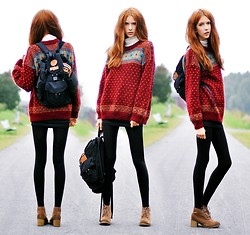 Ebba Zingmark - Knit By Grandma Sweater, Backpack, H&M Turtelneck, Boots - Don't underestimate the things that I will do
