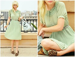 Coury Combs - Vintage Dress - The magic of mint.
