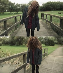LEAH WHITE † - Canda. Vintage Cardigan, Urban Outfitters Burgundy Shirt., Topshop Leather Leggings. - #4