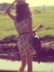 Jeanne H. - Self Made Flower Dress, Primark Bag, H&M Hat - Turn your face to the sun, and the shadows fall behind you