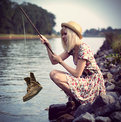 Jana Wind - Minkpink Dress, Asos Hat - I'm a fisher pro!