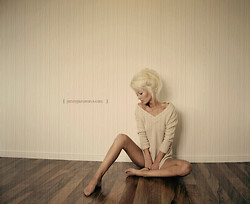 Jenny Jansson - Knitted Sweater - I know you can hear me scream