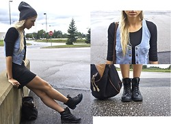 Karina De Jesús - Urban Outfitters Vest, H&M Dress, Urban Outfitters Boots - Hobos like peach lipstick
