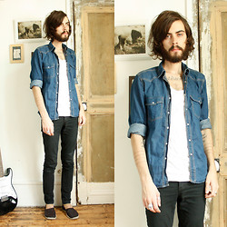 Tony Stone - New Look Denim T Shirt, Cheap Monday Black Slim Pants, H&M Black Espadrilles - Favorite.