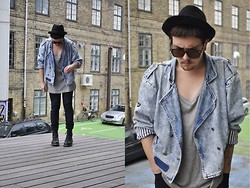 Nicklas Due - Second Hand Black Hat, Second Hand Blue Denim Pilot Jacket, Weekday Grey Tank Top, Cheap Monday Black Jeans, Dr. Martens Black Boots - #2