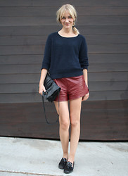 Marie Hindkær Wolthers - H&M Shorts, Zara Shoes, Yvonne Kone Bag, Acne Studios Knit - 07092011