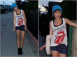 Marta K - Nixon Cap, Pull & Bear Top, Diy Shorts, New Look Heels - I NEED YOU
