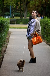 Mishka O. - Zara Cape, H&M Shoes, Romwe T Shirt, Joey Dog - I hated orange...