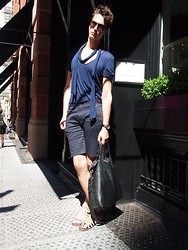 Niels Oostenbrink - Unconditional Zipper Shorts, Topman Chained Shirt, Zara Gladiators - Chained in minimalism