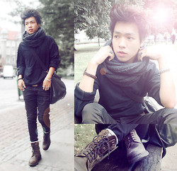 Toai Nguyen - Rings, Zara Leather Weekend Bag, Cottonfield Boot With Laces, H&M Scarf, Zara Knitwear, H&M Leather Belt, Zara Super Elasticated Jeans - Too fast to live too young to die