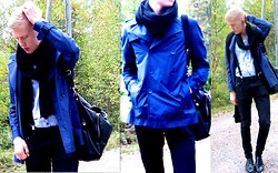 Jussi Lustig - Mexx Jacket, H&M Scarf, Fred Perry Bag, Vagabond Leather Shoes - Blue sailor