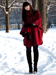 Ricky Schernus - Vintage Coat, Topshop Over Knee Boots, Topshop Bag, H&M Gloves - Little Red Riding Hood