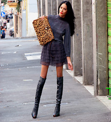 Konstantina Tzagaraki - Giwrgos Eleutheriadis High Knee Boots - Lipstick Jungle!