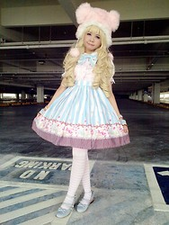 Camille ♫ - Candy Skirt, Gothic Lolita Wigs Wavy Blonde Wig - Empty Parking Lot