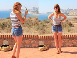 Amanda Blackwood - Bowjangles Vintage Shades, Striped Vest, My Mum :) Vintage Tan Belt, Levi's® Vintage Levi Shorts, Urban Outfitters Tan Fabric Sandals - Spain Day 1 - Stripes + Levis