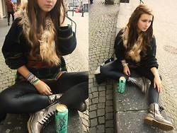 Anna Bolika - H&M Faux Fur, Vintage Oversized Sweater, Punk Republic Leggings, Fake Docs, Arizona Tea♥ - Courtship Date