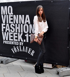 Nathalie Anna Marie - Nly Wedges, Leather Pants - Vienna Fashion Week