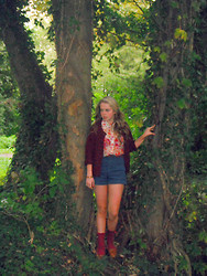Caitlin Evans - American Apparel High Waisted Denim Shorts, Topshop Chiffon Floral Blouse, Primark Maroon Cardigan, American Apparel Maroon Ankle Socks, Topshop Tan Loafers - I'm falling to pieces