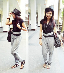 Shyne Laorden - Secosana Checkered Chain Bag, G Mall Davao Back Hat - Black Theme Outfit