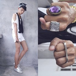 Jeroy Balmores - Forever 21 Rings, From Mom Headpiece, From Zhack Top, Forever 21 Shorts, Wade Shoes - Blacking White
