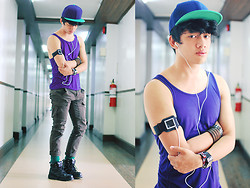 David Guison - Sm Accessories Cap, Blueluvspink Ipod Nano 6th Gen, Armband Case, Thrifted Tank Top - Music is a Weapon