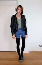 Ella Catliff - All Saints Studded Leather Jacket, Anne Bowes Jewellery Charm Necklace, Bdg Denim Shorts, Splendid Army Green Tee, Marc By Jacobs Black Hobo Bag, French Sole Ballet Pumps - Army Green Tee