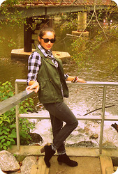 Nena ♥ - Self Made Bracelets, Ray Ban Eyewear, Dolce Vita Booties, A.N.A Vest - Leaves are falling down