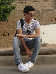 Marwan Woochi - Zara, Zara, Converse All Star, Ray Ban Wayfarer Rayban - The Best Days Have Yet To Come