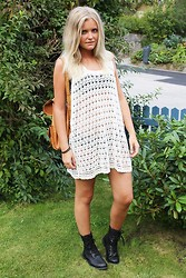 Isabella T - Secondhand Dress, Secondhand Backpack, Monki Shoes - CROCHET DRESS