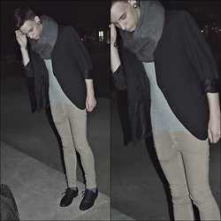 Damien Levin - Secondhand Blazer, Cheap Monday, Zara Black Shoes - Come and we go to the party in Berlin! ♥